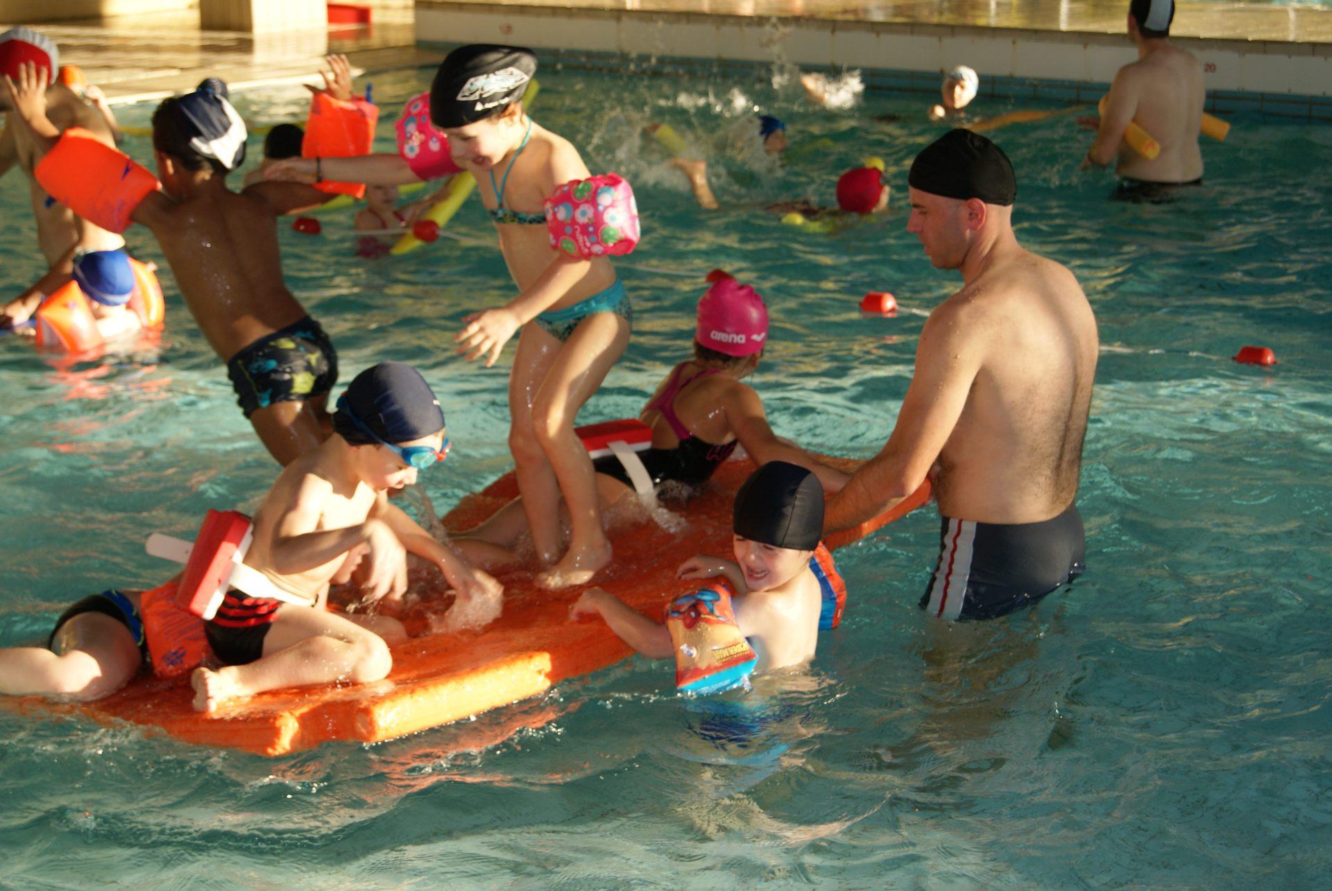 Exceptionnel LES G.S à la piscine ! - École Sainte-Thérèse KI98